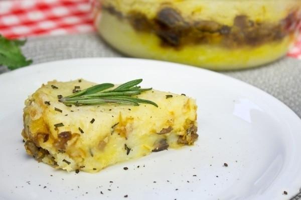Рецепт запеканки из картофельного пюре с грибами