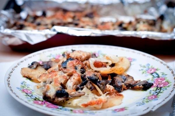 рецепт картошки с грибами со сметаной в духовке