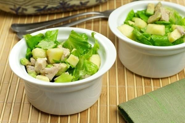 Пп салат с авокадо и курицей