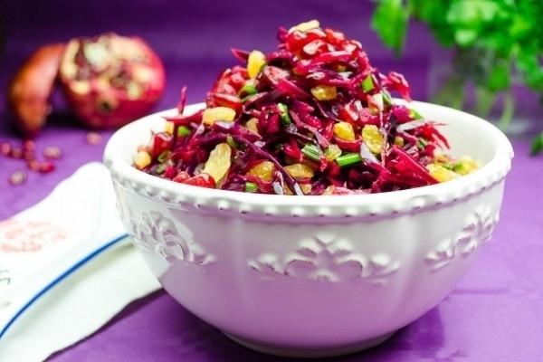 Как сделать вкусный салат из красной капусты