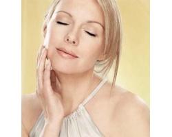 Какими средствами ухаживать за сухой кожей