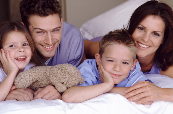Фото семьи с ребенком