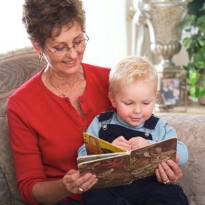 Старушка со внуками фото 165-146