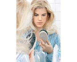 Во время грудного вскармливания выпадают волосы