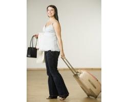 Что нужно взять с собой в роддом для мамы и малыша