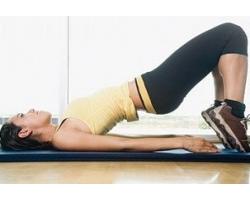 Эффективные упражнения для удаления послеродового живота