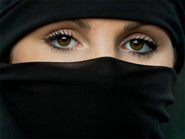 Дагестанская жена берет в рот фото 322-227