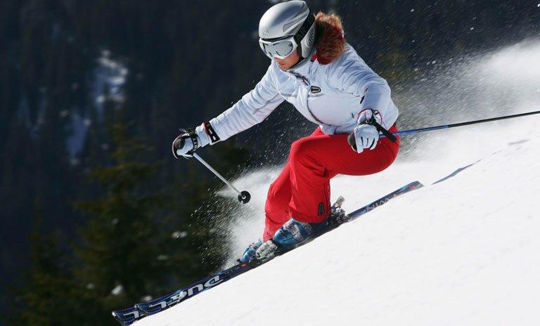 Костюм для горнолыжного спорта женский