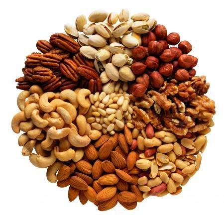 Орехи. Польза орехов. Грецкий орех, кешью, фундук, кедровый орех. Свойства орехов