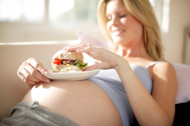 Можно ли худеть во время беременности при избыточном