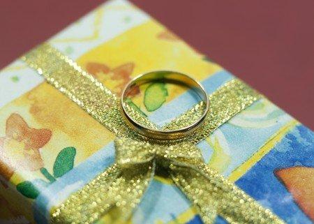 Кольцо в подарок значение примета