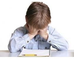 Школа: почему ребенок плачет, не отпускает маму