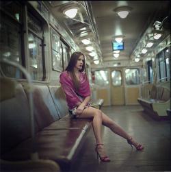 Фото девушек в транспорте