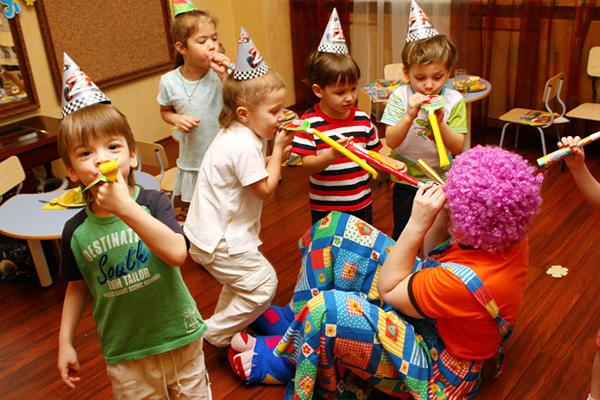 как развлечь детей на дне рождения дома 8 лет