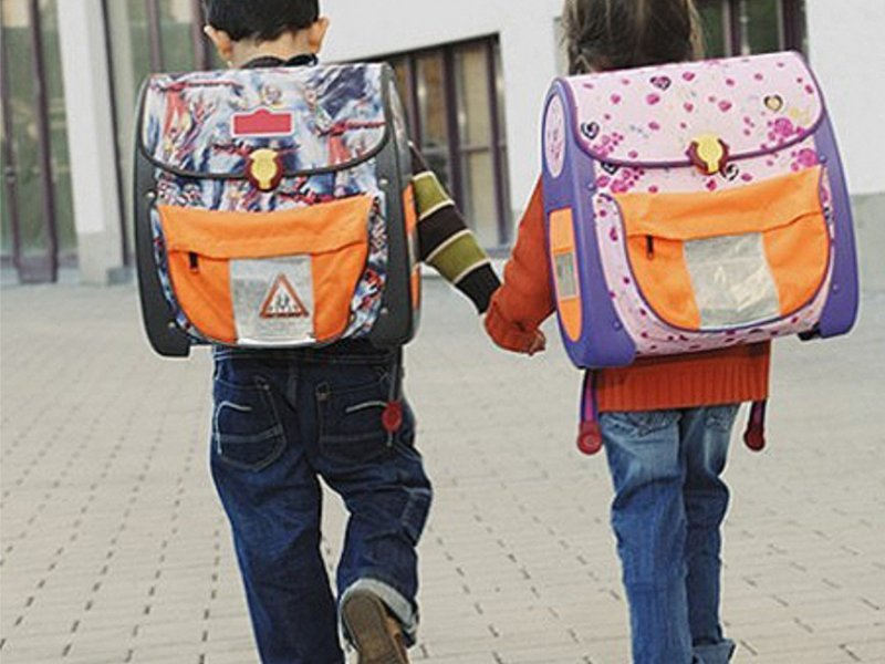 Комиссия по делам несовершеннолетних и защите их прав Рубцовска принимает участие в межведомственной акции «Соберем детей в школу»