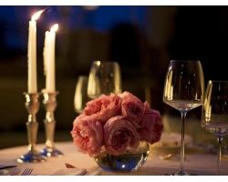 Как устроить романтический ужин для родителей
