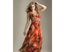 Вечернее платье свободного кроя