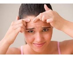 Как лечить кожу лица от клеща?