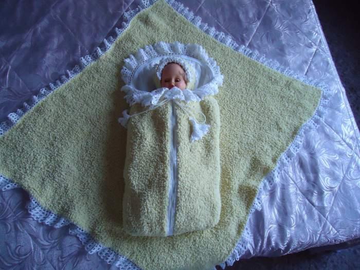 связать костюм и плед для новорожденного крючком домашнее рукоделие