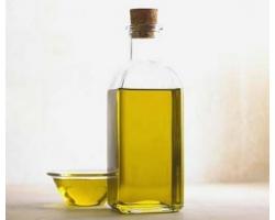 Репейное масло – помощь для волос