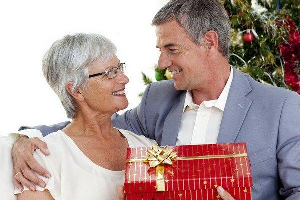 Подарок бабушке и дедушке