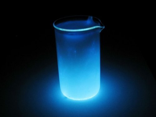 Как сделать дома светящуюся воду 862