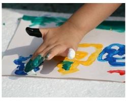 Как и что рисовать пальчиковыми красками с ребенком