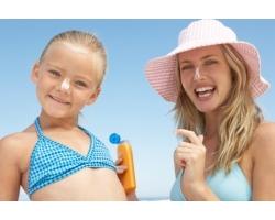 Как правильно загорать ребенку?