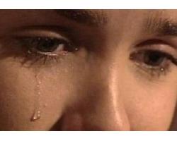 Как помочь при плаче и истерике