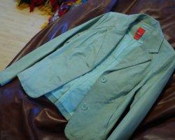 Как почистить пиджак в домашних условиях