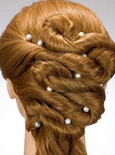 Прическа на длинные волосы с сеточками