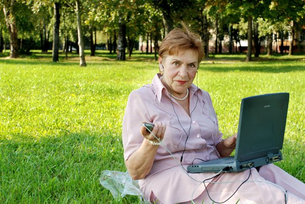 Повышение пенсии в связи с 80-летием