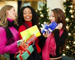 Что подарить маме, сестре или подруге на Рождество?