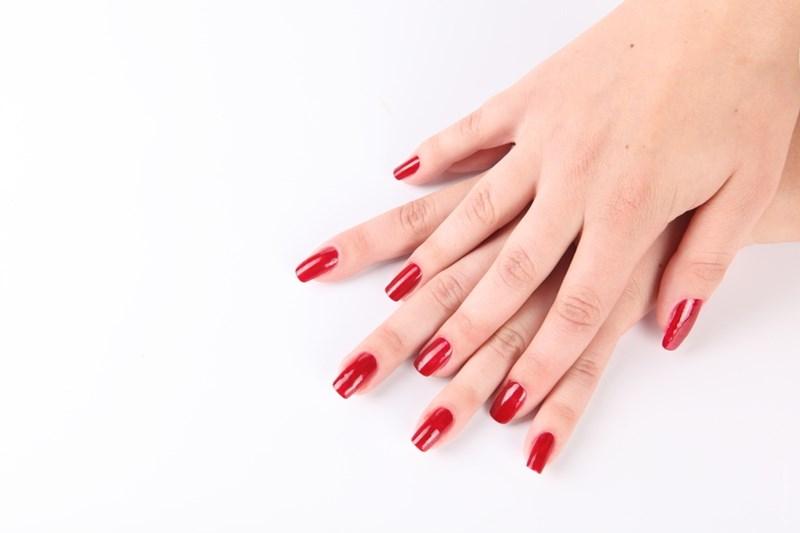 Как правильно и лучше красить ногти на