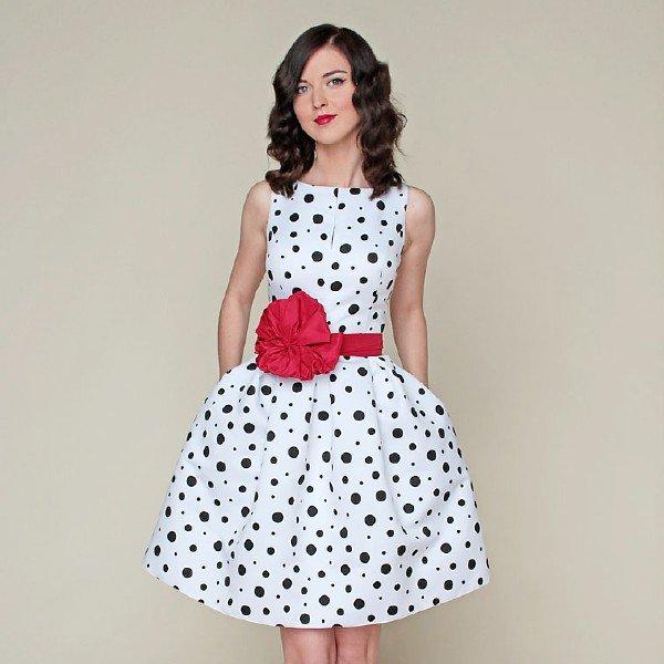 Красивые платья на лето в горошек