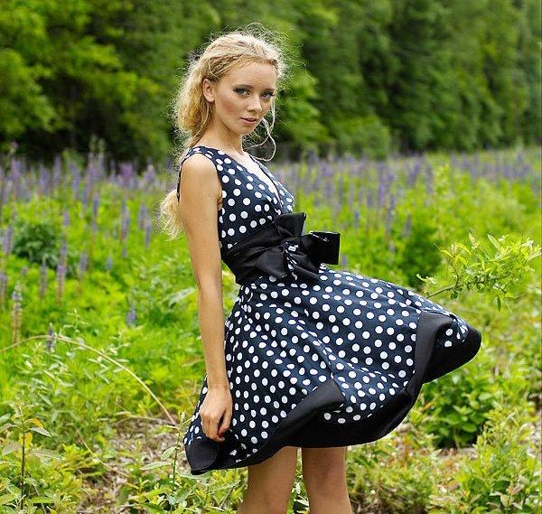 Женские платья в горох фото