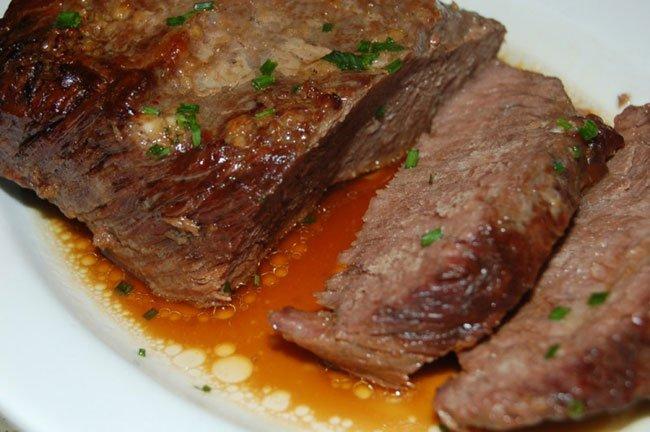Как запечь мясо одним куском