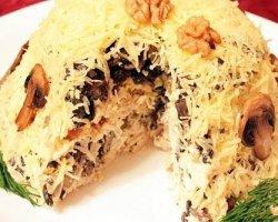 куриное филе с черносливом орехами и сыром