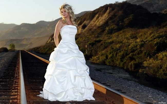увидеть во сне знакомую женщину в свадебном платье