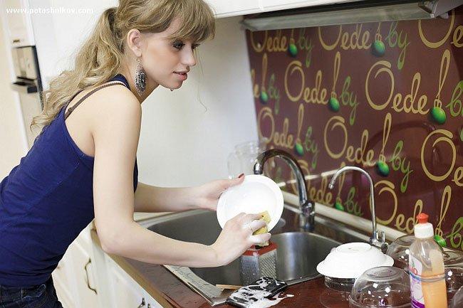 К чему мыть посуду сонник