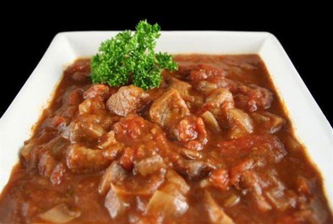 Рецепты гуляша из свинины с подливкой фото