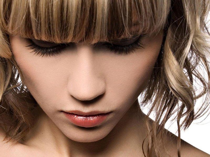 Как покрасить волосы после мелирования? Как закрасить ...