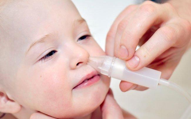 Чем промыть годовалому ребенку нос в домашних условиях