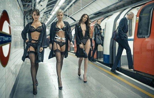 Секс в метрое
