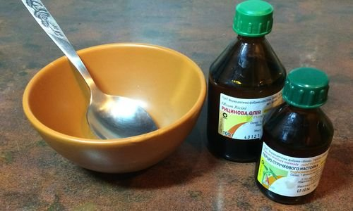 Репейное масло для роста и укрепления волос. Лечение волос дома касторовым маслом.