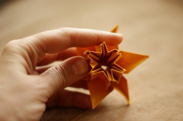 цветок-оригами из шестиугольника