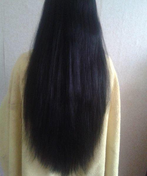 После чего наносить маску на волосы