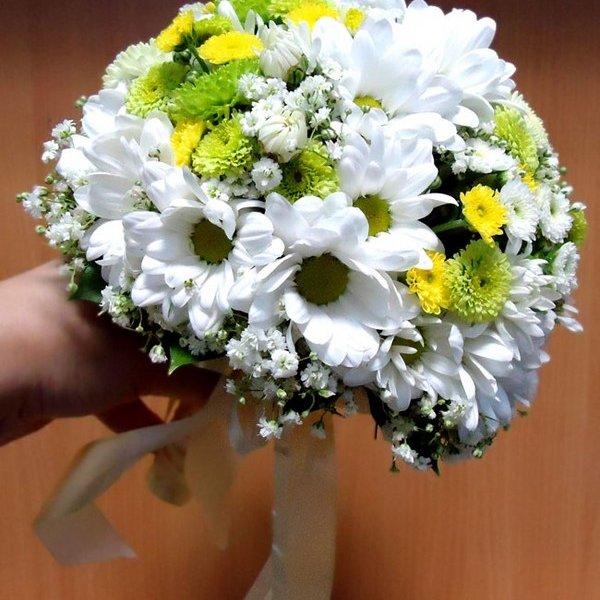 Можно ли на свадьбу дарить хризантемы