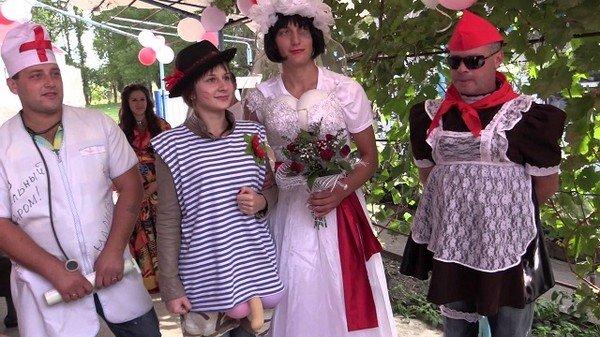 Сценарий в день свадьбы от коллеги