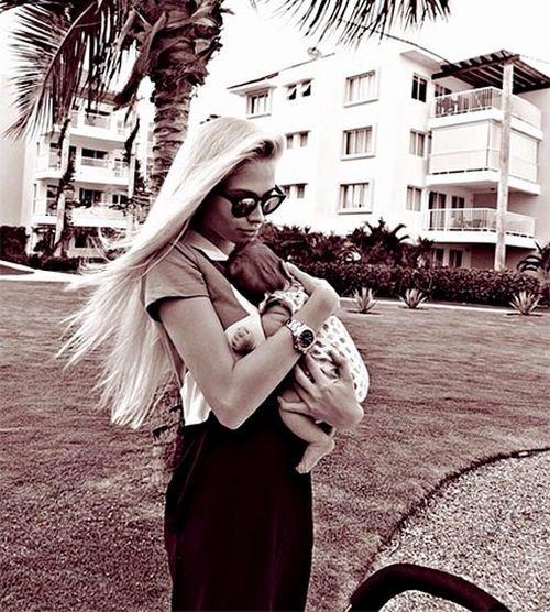 После того как подруга рэпера Тимати Алена Шишкова стала мамой,...